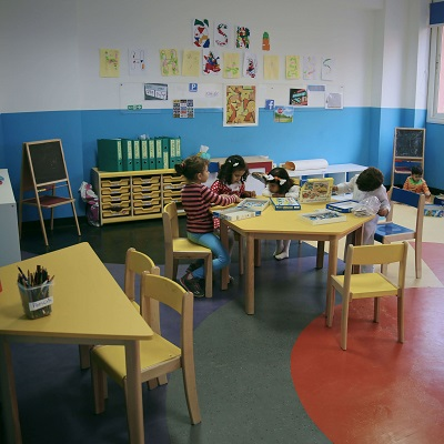 <p>دمج التعليم بالحياة : STEAM</p>