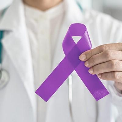 المكافحة والتوعية بمرض السرطان